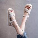 配裙子涼鞋仙女風女2020夏季新款韓版厚底松糕鞋網紅超火沙灘鞋女 怦然心動