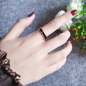 裝飾品食指戒指女大氣鈦鋼鍍18k玫瑰金彩金簡約黑色陶瓷潮人個性三角衣櫥