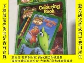 二手書博民逛書店Colouring罕見book Colouring & Activity Pack 著色書和活動包 英文兒童圖畫填