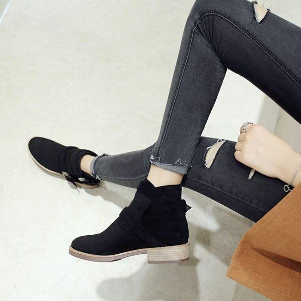 丁果、大尺碼女鞋34-43►交叉雙扣低跟短靴*2色