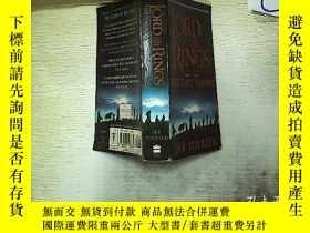 二手書博民逛書店The罕見Lord of the Rings:Two Tower