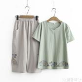 雙11媽媽衣服媽媽夏裝短袖兩件套裝中年女裝大碼棉繡花T恤小衫中老年洋氣上衣