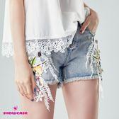 【SHOWCASE】立體蕾絲花點鑽俏麗牛仔短褲(藍)