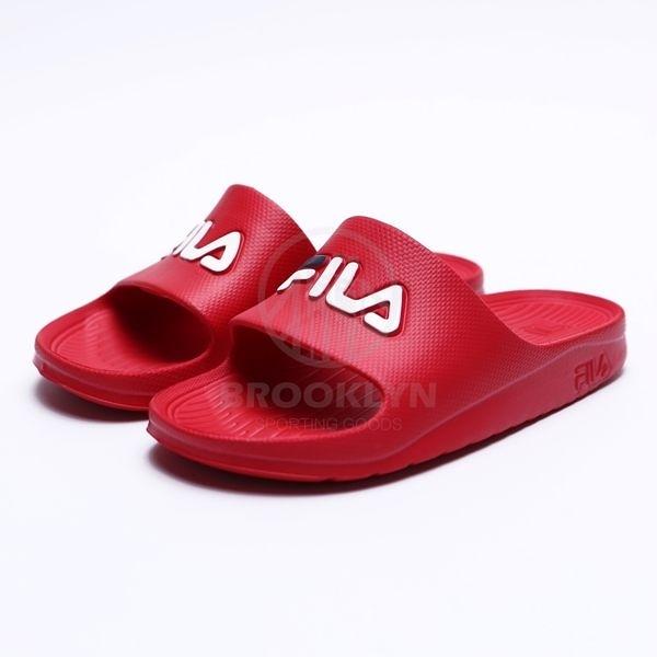 FILA (偏小建議大半號) 紅 白藍 英文LOGO 基本款 防水 拖鞋 男女 (布魯克林) 4S355Q221