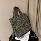 帆布包字母涂鴉印花購物袋復古手提袋托特包大容量女包【邻家小鎮】