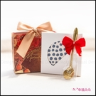 簡約精緻小禮袋-北歐風珪藻土杯墊+玫瑰湯匙(金色緞帶+紅色花紋袋) 生日禮物 畢業禮物 伴娘禮