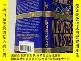 二手書博民逛書店THE罕見WIDOWER S TWO-STEP 鰥夫的兩步(英文