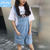 【V1697】shiny藍格子-悠閒感覺.大口袋寬鬆吊帶連身闊腿短褲