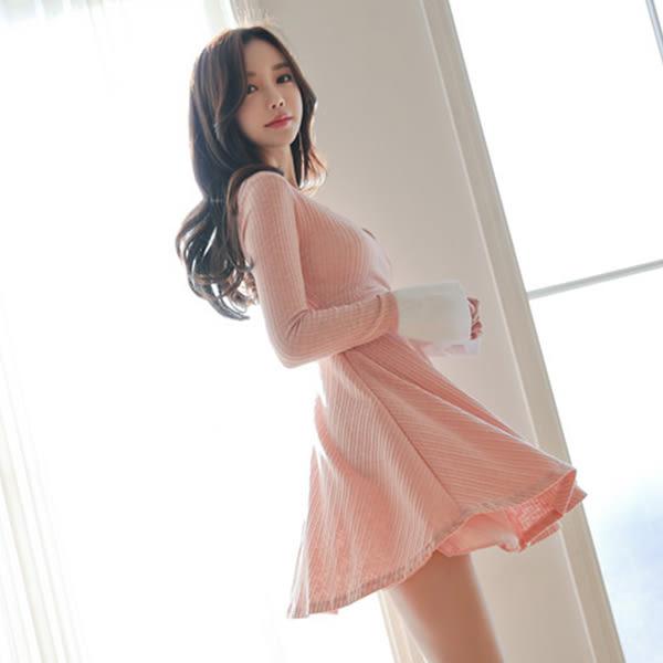Qmigirl V領拼接小裙擺針織連身裙 洋裝【T1389】