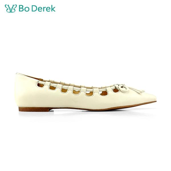 Bo Derek 繫繩造型尖頭包鞋-米色
