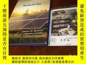 二手書博民逛書店英文原版罕見renewable energy finance : powering the futureY18