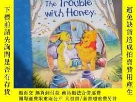 二手書博民逛書店THE罕見TROUBLE WITH HONEYY10998