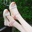 楔形鞋 坡跟涼鞋2021年新款女士夏季仙女風時裝厚底鬆糕百搭一字帶高跟鞋 韓國時尚 618