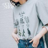Queen Shop【01037180】植物字母圖案短T 兩色售*預購*