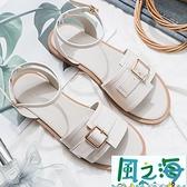 涼鞋 涼鞋女ins潮年夏百搭皮帶扣軟底防滑舒適平底【風之海】