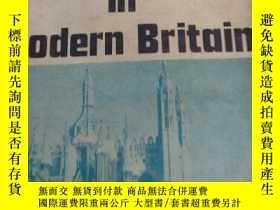 二手書博民逛書店life罕見in modern britainY225144