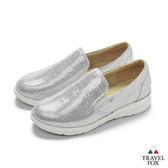 TRAVEL FOX(女) 舒適休閒樂福鞋-銀
