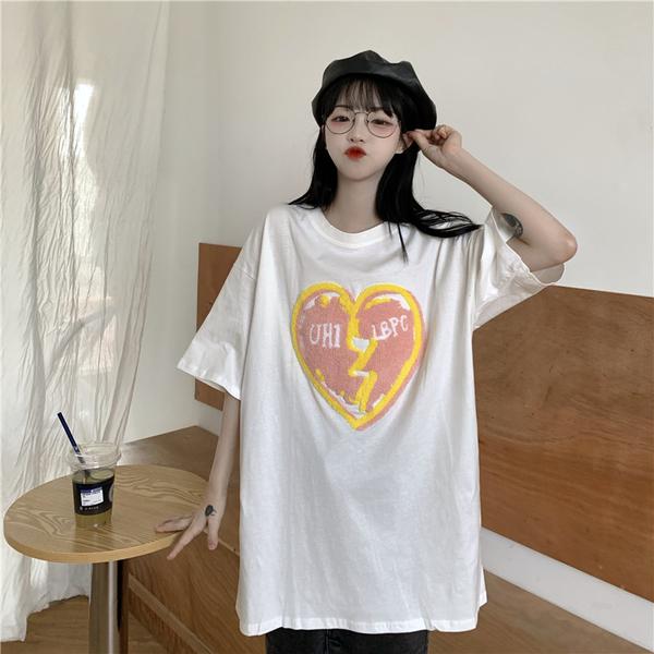 EASON SHOP(GQ2351)實拍QQ毛絨字母分裂愛心塗鴉刺繡落肩寬鬆圓領五分短袖素色棉T恤女上衣服內搭衫