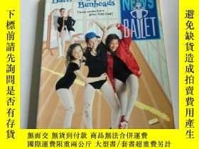 二手書博民逛書店battle罕見of the bunheads(英文)Y2128