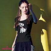 【SHOWCASE】休閒合身大圓領狗狗亮片彈性棉質T恤(黑色)