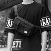 男士胸包腰包男斜挎包多功能休閒男士胸包單肩包運動迷你小背包死飛包潮牌