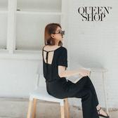 Queen Shop【01096646】後綁帶造型美背設計上衣 兩色售*現+預*