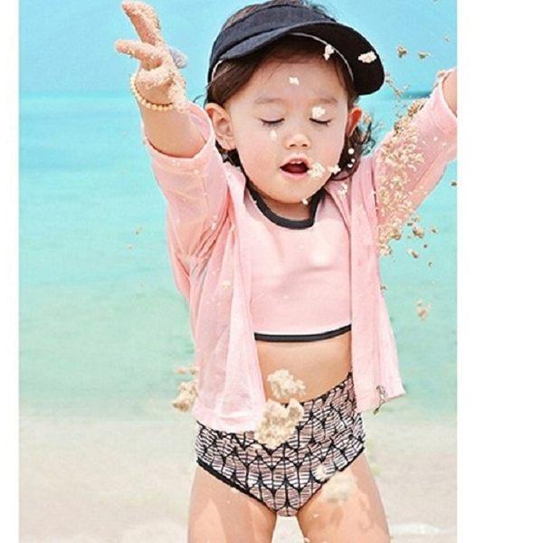 梨卡★現貨 - 俏皮兒童嬰兒款常袖防曬印花 - 韓國贈泳帽防曬四件套外套泳衣泳裝CH624