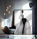 水墨倩影北歐客廳裝飾畫服裝店黑白灰人物輕奢掛畫時尚女裝店壁畫 QM 依凡卡時尚