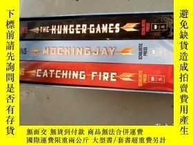 二手書博民逛書店The罕見Hunger Games、Mockingjay 、Ca