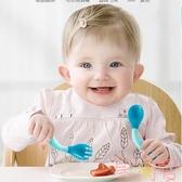 寶寶學吃飯訓練輔食餐具感溫勺叉子兒童嬰兒彎頭勺【聚可愛】