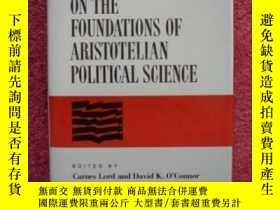二手書博民逛書店Essays罕見On The Foundations Of Aristotelian Political Scie