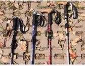 酷然戶外登山杖折疊外鎖超輕超短爬山手杖棍伸縮健走徒步登山裝備 東京衣櫃