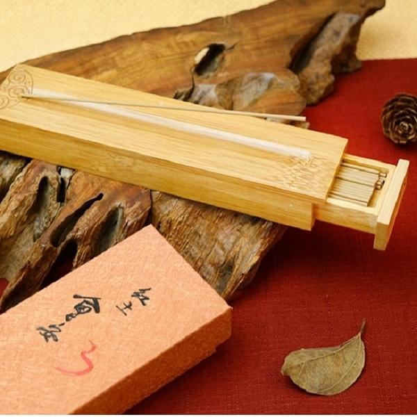 【富山香堂】紅土會安 135mm 臥香飄逸盒 (竹盒即線香座) 薰香 原木香氛 檀香木 線香