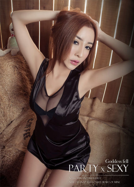 【愛愛雲端】性感黑深V美背網紗派對洋裝 R8NA14030030