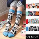 OT SHOP [現貨] 襪子 中筒襪 女款 棉質 繽紛的花朵 貓咪 壽司 森林裡的露營 街頭潮流 復古時尚 M1174