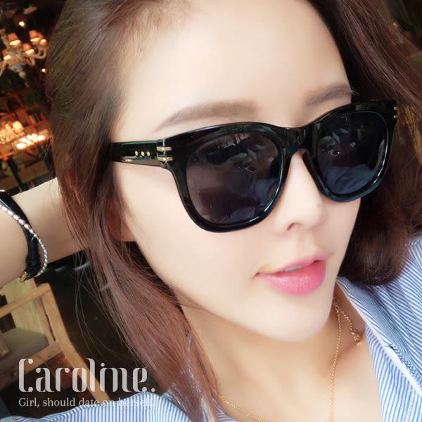 《Caroline》★年度最新.流行時尚潮人百搭明星抗UV太陽眼鏡 69304 標檢局D74321