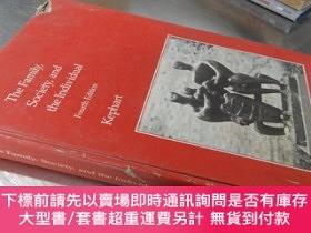 二手書博民逛書店The罕見Family, Society, and the Individual :Fourth Edition(