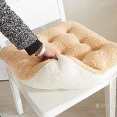 坐墊 可愛糖果色花朵坐墊超粉嫩羊羔絨軟綿綿超舒適辦公室坐墊毛絨椅墊【快速出貨】