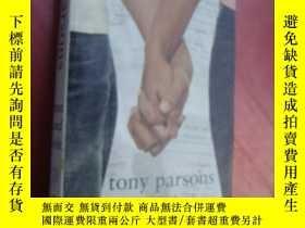 二手書博民逛書店英語原版小說罕見《 Man and Wife 》by Tony
