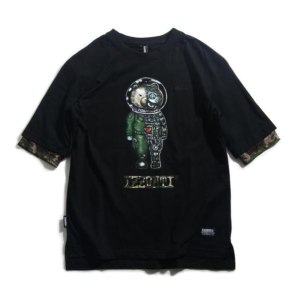 IZZVATI-迷彩機械熊寬版T-1色-2款-綠熊(/紅熊) (限量商品,下單贈迷彩口罩乙個)