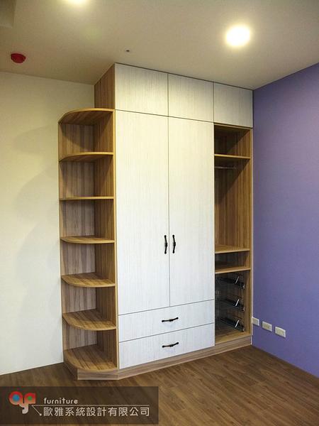 【歐雅系統家具】 衣櫥櫃