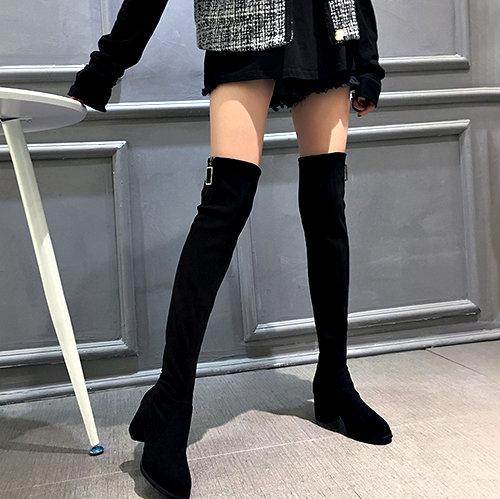 克妹Ke-Mei【ZT56136】重推!野馬泫雅最愛金釦激瘦皮質過膝靴