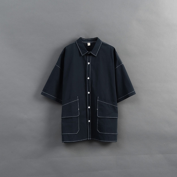 Queen Shop【01024026】雙口袋撞色壓線排釦襯衫 1/2*現+預*