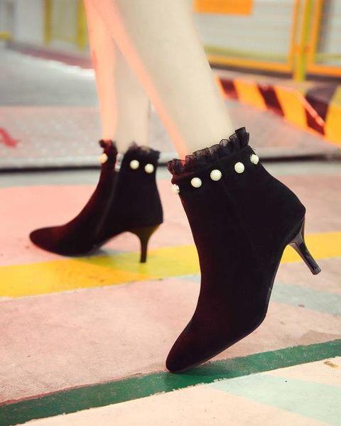 秋冬新款珍珠蕾絲女靴細跟短靴裸靴英倫馬丁靴拉鍊高跟鞋歐美