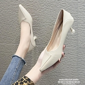 低跟鞋 韓版百搭高跟鞋女米色低跟3cm小清新工作職業單鞋貓跟細學生禮儀 夏季新品