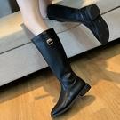 靴子.街頭穿搭扣環側拉鍊拼接粗跟長靴.白鳥麗子