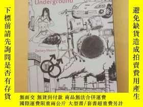 二手書博民逛書店英文原版罕見China Underground . Zachar