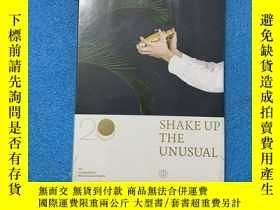 二手書博民逛書店SHAKE罕見UP THE UNUSUAL:20 Cocktail by Renaissance Hotels (