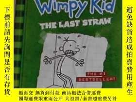 二手書博民逛書店英文原版罕見Diary of a wimpy kid:The l