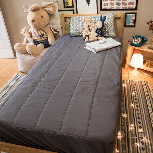 床包式保潔墊(鐵灰) 雙人5X6.2  抗菌防螨防污 厚實鋪棉 可水洗 台灣製 棉床本舖